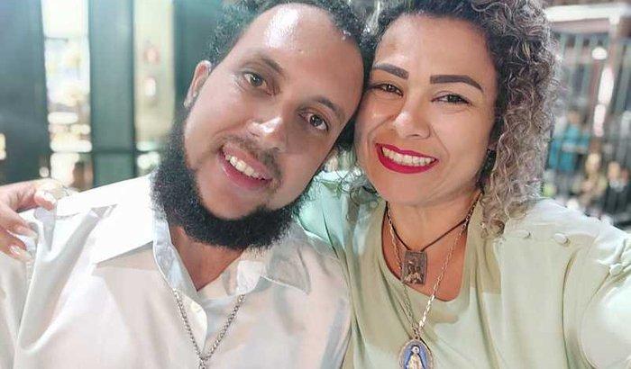 Ajude-nos a Casar - Renata e Antônio