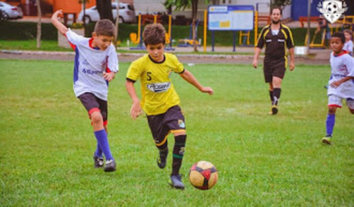 Seu sonho: Jogar Futebol