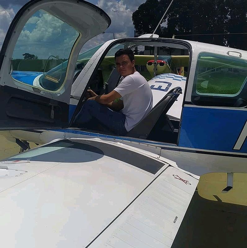 Piloto Leonado Ramos