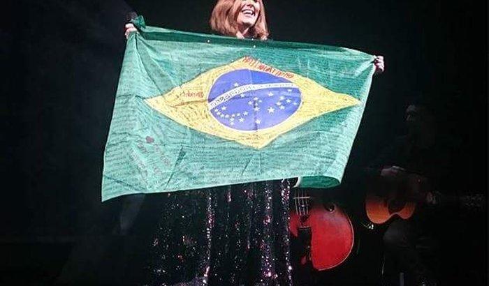 Show Da Adele