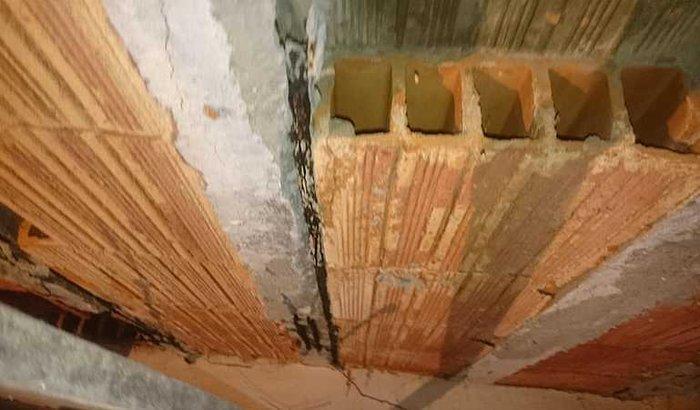 Minha casa presisa de reformar este quarto está erzolado pela defensa Civil