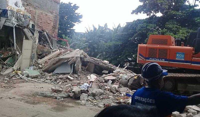 Ajudem a casa da minha irmã desabou no Jardim América dia 03/03.
