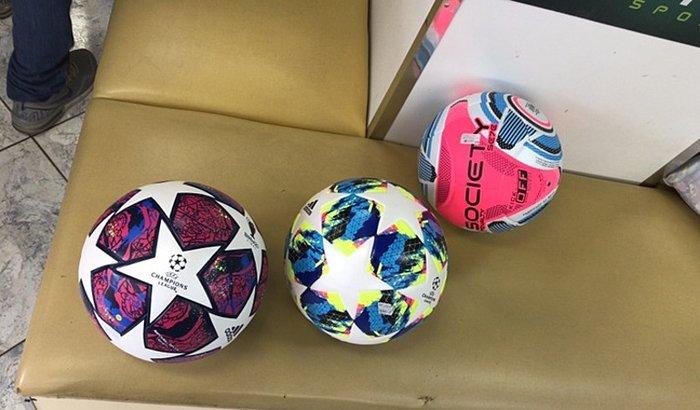 Bola Fenix FC