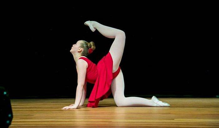 Nicole bailarina