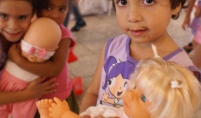 Ajude as Crianças terem um Natal Mais Feliz