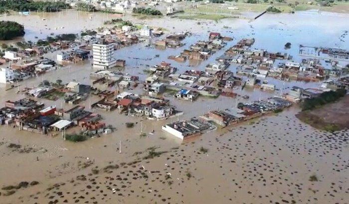 Ajuda pra amenizar os efeitos da enchente 09/06/21