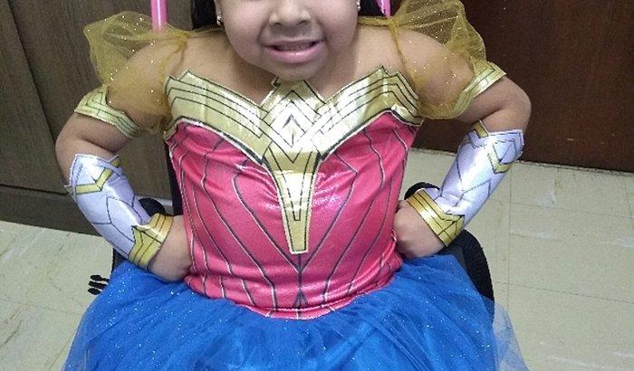 Ajude a Thayla maravilha conseguir sua cadeira de rodas