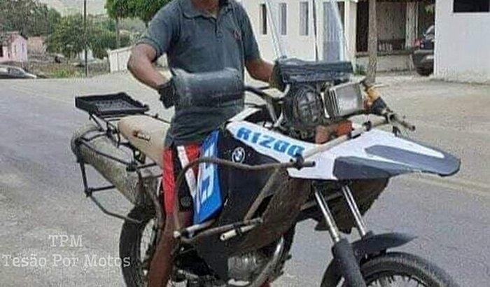 Me ajude a comprar uma moto pra trabalhar de entrega 🙏🏻