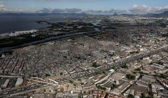 Ajuda ao povo do Complexo da Maré