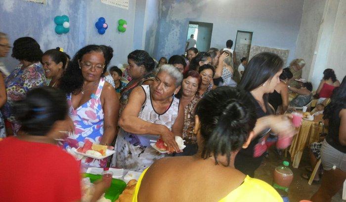 Jantar beneficente para as Idosas do Pirambu